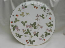 Wedgwood WILD STRAWBERRY CAKE STAND PLATE 28cm, Excellent.