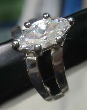925 Sterling Silver Size 9 Ring with Cubic Zirconia --- Marquis Shaped