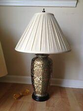 Vintage Porcelain Chinese Floral Jar  Table Lamp
