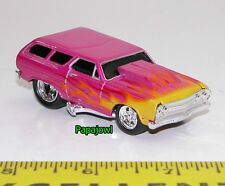 Muscle Machines 1965 Chevrolet Chevelle Station Wagon 65 Chevy 1:64 Scale