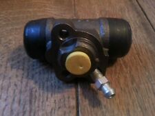 Toyota Corolla Mk 6 Starlet Mk 2 rear left brake wheel cylinder VWC571
