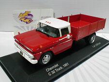 """Whitebox wb136 # Chevrolet C 30 Truck año de construcción 1961 en """"rojo-blanco"""" 1:43 nuevo"""
