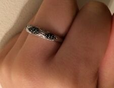 Bague 14ct Or Blanc Diamants Noirs/Blancs-14kt White Gold Ring with Diamonds