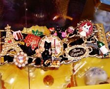 Betsey Johnson RARE Bracelet PARIS Eiffel STRAWBERRY Wine CAT Cake STATEMENT NWT