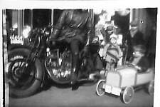 PHOTO VOITURE A PEDALES PEDALS CAR MOTO MOTORCYCLE