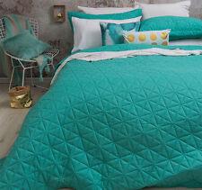 3 Pce Regent Turquoise Embossed QUEEN / KING Coverlet Bedspread Blanket Set