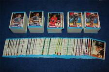 1989-90 TOPPS HOCKEY LOT OF 700 CARDS (TH004)