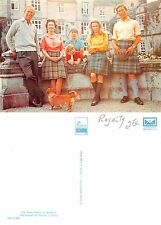 Scotland - The Royal Family at Balmoral (A-L 477)
