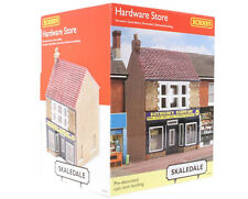 HORNBY R9835 SKALEDALE THE HARDWARE STORE OO SCALE NEW MINT & SEALED