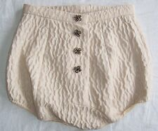 DOLCE & GABBANA Pale Pink Quilted Jeweled Button Hot Pants Shorts 40 4