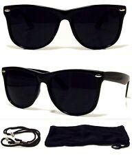 MEN Sunglasses Wayfarer Style Black Frame with Dark Lens - NEW! FREE CASE