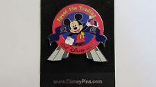 Disney World 2000 Mickey Epcot Trading Pin Celebrate The Future Hand In Hand Pin