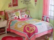 CIRCO PEACE LOVE 3 PC FULL QUEEN QUILT TWO SHAMS  PINK  GIRLS NEW  DOTS