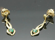 9ct Oro Amarillo Celta Emerald Pendientes De Rosca Gota (6x24mm)