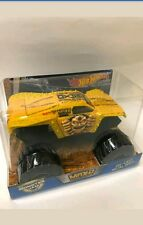 New 2017 HOT WHEELS MONSTER JAM TRUCKS 1/24 MAXIMUM DESTRUCTION MAX-D Gold