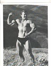 bodybuilder LARRY SCOTT Outdoor Arm Pose Bodybuilding Muscle Photo b+w