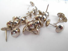 200 Ziernägel/Polsternägel in Nickel , 9 mm im Durchmesser