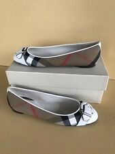 Burberry Lilyana natural FLATS size 40/10 new with box