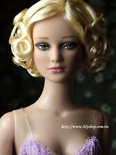 "16"" TONNER Tyler- Exclusive - Far East Stella #2 ( wig ) NRFB"