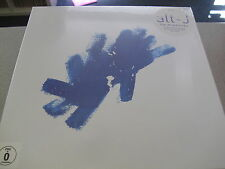 alt-j -  Live At Red Rocks -  BOXSET (2LP Vinyl/CD/DVD/Blu-Ray/Book)  // ALT - J