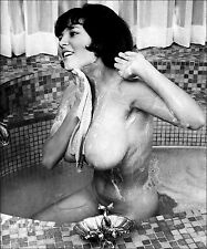 1960s Pinup Nude DD Breasts In Soapy bathtub 8 x 10 Photograph