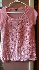 Forever 21 Women's Junior Size Medium Pink Flowery Top
