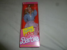 NEW FEELING FUN BARBIE DOLL DENIM & LACE COLLECTIBLE VINTAGE 1988 MATTEL 1189