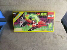 LEGO m tron nr. 6877 --  new in box  --- 1990