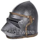 Mittelalterlicher Ritterhelm für Kinder. Kostümaccessoire. Kriegers Spielhelm
