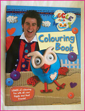 GIGGLE AND HOOT - Awesome COLOURING IN BOOK - Colour in / Color ABC KIDS - New