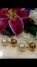 AUTHENTIC VINTAGE CHANEL CC GOLD TONE BALL & PEARL CLIP-ON EARRINGS!!
