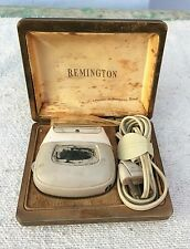 1950'S VINTAGE REMINGTON SUPER 60 DELUXE ELECTRIC SHAVER- WORKING CONDITION, USA