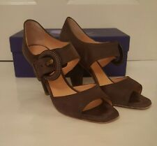 Sinela Brown suede block heels with large buckle detail. size 39.