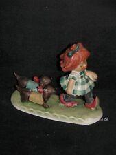 Goebel Figur Charlot Byj, Mädchen mit zwei Dackel, Byj25