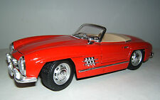 Bburago, Mercedes Benz 300 SL, Cabriolet, rot, 1:18, Diecast, Made in Italy.