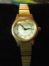 Vintage Women's Advance Watch lota027