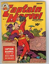 """Captain Marvel Adventures #32 ~""""Deep in the Heart of Dallas"""" 1944 (6.5) WH"""