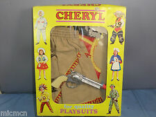 "VINTAGE Cheryl ""PLAY Abiti"" Modello No. 061 Wild West ""Cowgirl OUTFIT"" VN MIB"