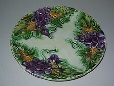 ANTIQUE French Majolica PLATE  -  ORCHIES - Fruits pattern :  PURPLE GRAPES