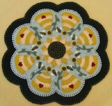 Bees*Hives*Sunflowers*Penny Rug/Candle Mat ~*PATTERN*~