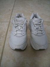 Brooks Addiction Walker Men's Walking Shoes Size 8.5 Medium (D) White