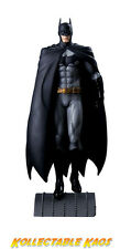 Batman - The New 52 - Batman 1/6th Scale Limited Edition Statue