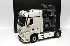 1:18 NZG MERCEDES ACTROS fh25 GIGASPACE WHITE spacciatori NEW in Premium-MODELCARS