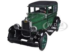 1928 CHEVROLET IMPERIAL LANAU (4-DOOR) GREEN 1/32 MODEL CAR BY NEW RAY 55173