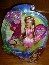 FLORA Winx Club BELIEVIX 2 POWER BALL Doll w/ Fluttering Wings Green Fairy