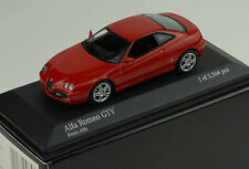 Alfa Romeo GTV 2004 red Minichamps 1:43