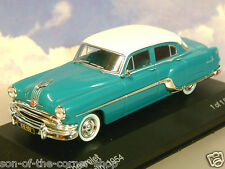 SUPERB WHITEBOX DIECAST 1/43 1954 PONTIAC CHIEFTAIN TURQUOISE GREEN/WHITE WB165