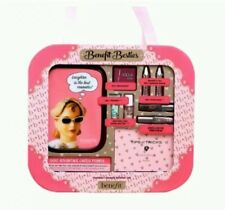 "Benefit besties ""il valore Importo di £ 60"" MAKE UP SET"
