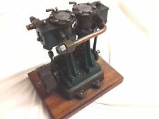 Stuart D10 Verticale Steam Engine Double Piston on stand