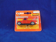 extremely rare 1984 Corgi Juniors Land Rover Tow Truck (Wrecker) in Red